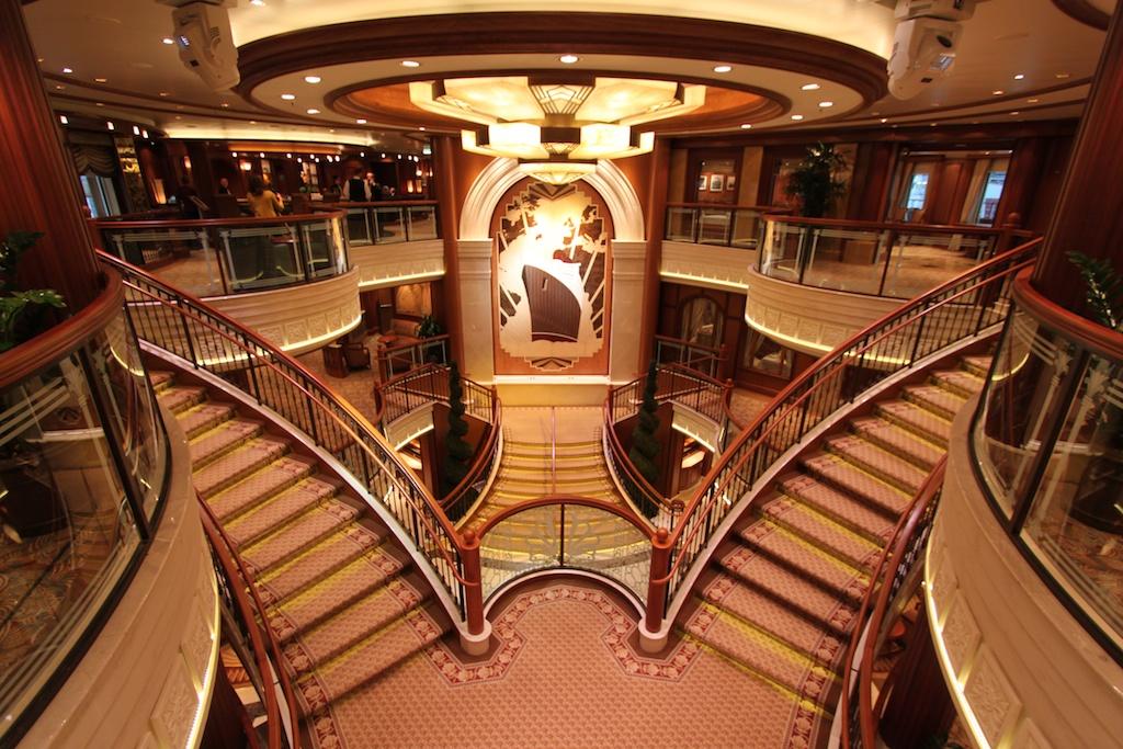 QV Grand Staircase 1024x683