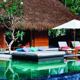 one-and-only-reethi-rah-maldives-rooms-1-620x