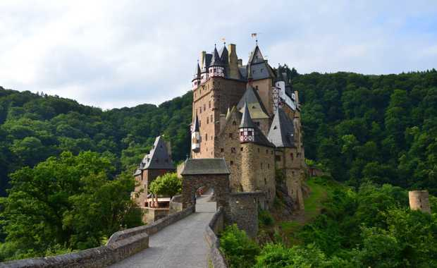 castle-eltz-photographer-alf1007-620x380