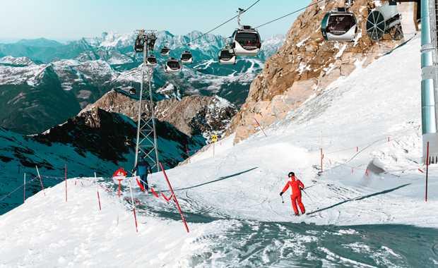Luxury Ski & Snowboarding Journeys