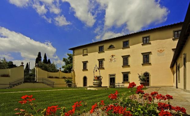 Luxury Villa Rental Journeys